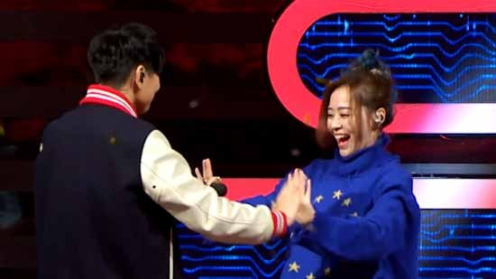 """张靓颖林俊杰嗨唱""""好心情"""" 林志炫:我也要"""
