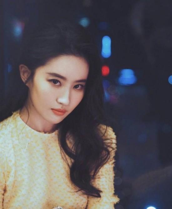 刘亦菲深夜发文 娱乐 热图7