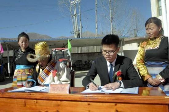 """西藏曲水县600万斤""""艾玛岗""""土豆首登电商平台销售"""