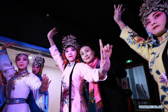 Classic Pingju shows staged in N China's Hebei