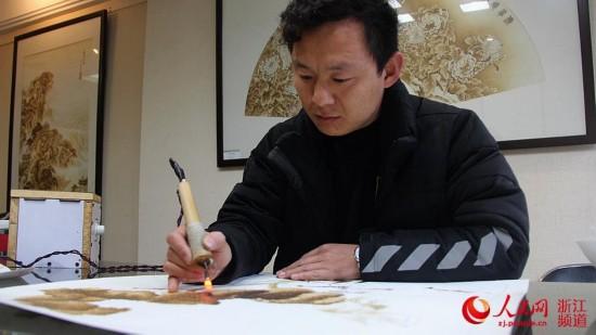 学习烙画就必须具有美术基础,其次还要熟练掌握电烙笔的使用,两者缺一不可。