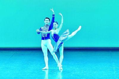 国际芭蕾盛会第三届中国国际芭蕾演出季落下帷幕