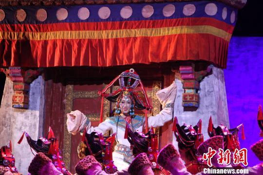 青海大型原创民族舞剧《唐卡》在天津上演