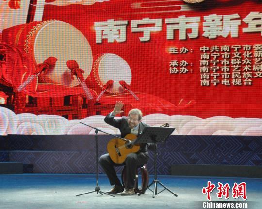 意大利音乐大师:要将中国优秀节目搬上意大利各大剧院的舞台