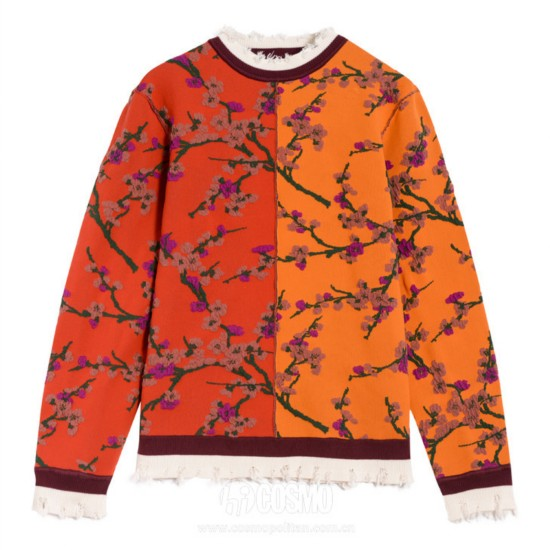 毛衣来自DIAMOND DAZZLE 售价2899元 可从官网购买