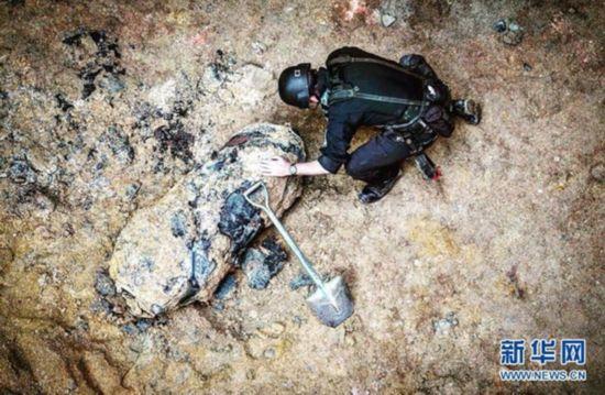 香港警方成功解除一枚二战遗留炸弹