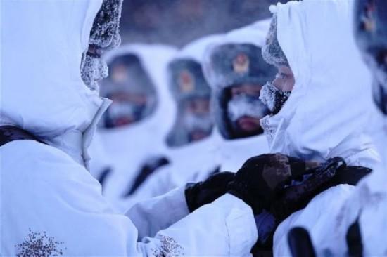(军事)(4)冷的边关热的血