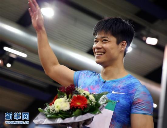 (体育)(1)田径――杜塞尔多夫室内赛:苏炳添夺得男子60米冠军