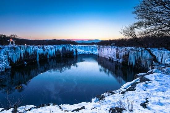 冰天雪地变金山银山 东北三省冬季旅游迈向世界级
