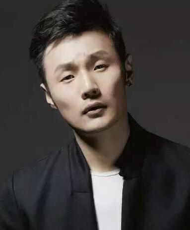 最火的男明星_继罗晋唐嫣恋情公开后,杨洋被采访时已多次隐语表白郑爽
