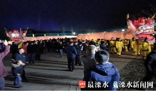 """""""江南第一龙""""为南京溧水梅花节献演"""