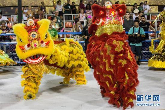 (国际)(5)巴西老牌桑巴舞校以中国主题亮相里约狂欢节