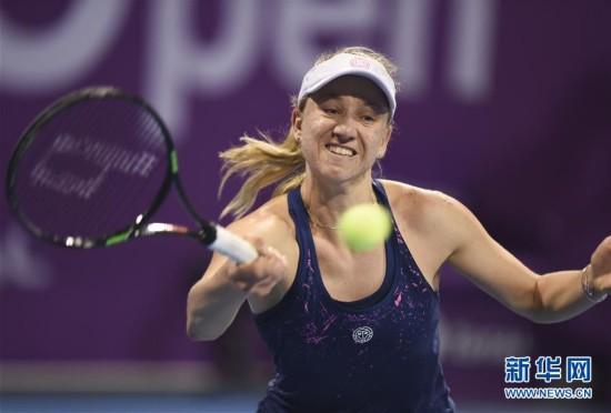 (体育)(7)网球――WTA卡塔尔公开赛:拉德万斯卡首轮晋级