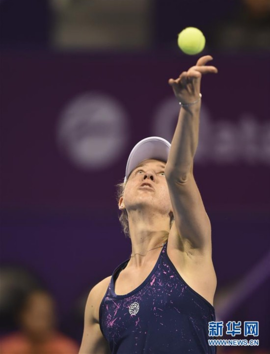 (体育)(9)网球――WTA卡塔尔公开赛:拉德万斯卡首轮晋级