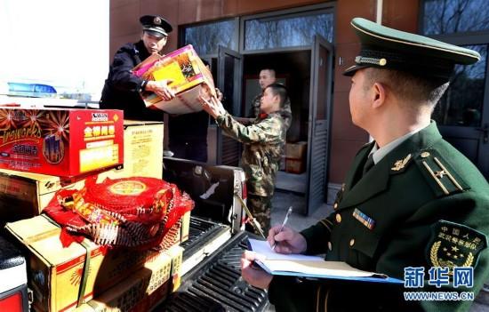 ()上海严打非法制贩、存储烟花爆竹