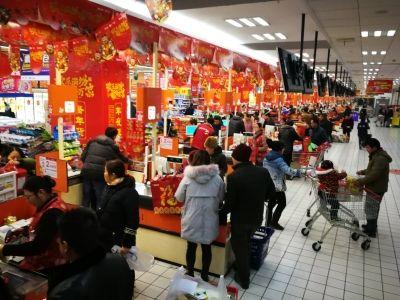 南通海安商家推出促销活动 激发消费活力