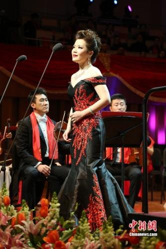 女高音歌唱家宋元明