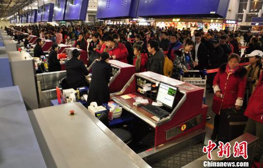 成都机场迎来返程客流高峰预计出港旅客8.5万人次以上