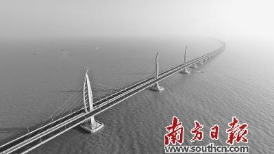 港珠澳大桥创崭新奇迹