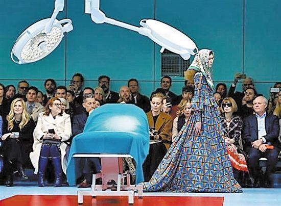 怪诞米兰时装周中国明星成清流