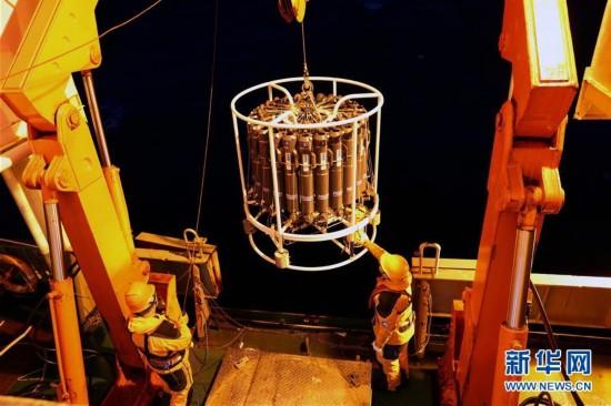 (第34次南极科考・图文互动)(1)中国首次在南极阿蒙森海开展海洋综合调查