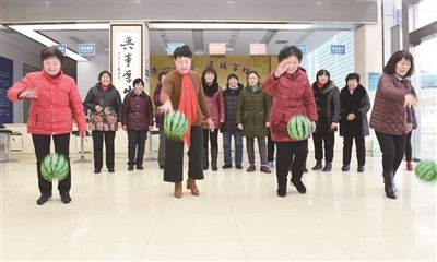 """南通海门各地多彩活动庆祝""""三八妇女节"""""""