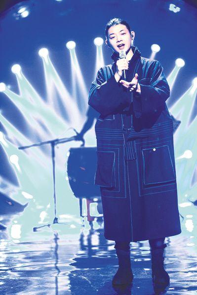 没有Jessie J的《歌手》,汪峰终于夺冠