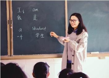 大理:90后大学生村官冯丽的别样青春