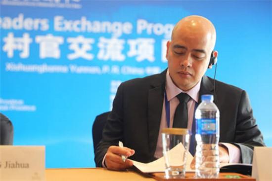 国际官员及专家看两会:中国减贫和发展成就无与伦比