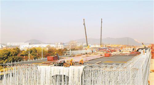 徐州迎賓快速路項目加快 計劃年底主線橋通車