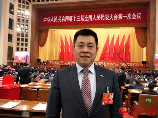 倪海琼代表:发展节能建材产业 推广超低能耗建筑