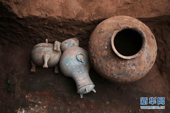 陕西考古发现2000多年前秦国古酒(组图)