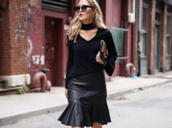 人人都有的黑色打底衫,其实还能这样穿