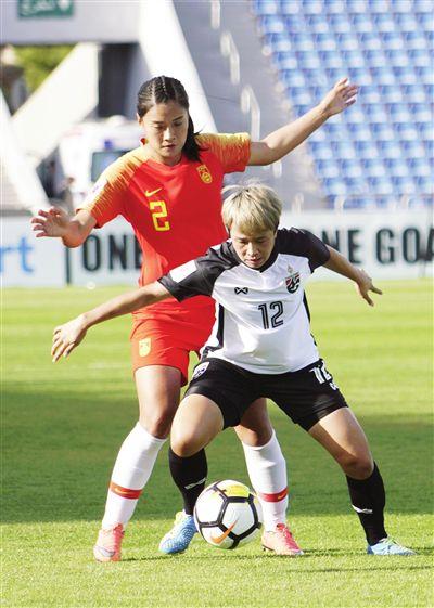 女足亚洲杯4球大胜泰国中国队开门红