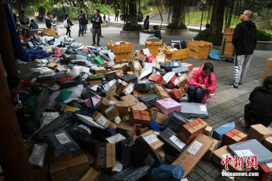 3月份中国快递物流指数回升至100%以上