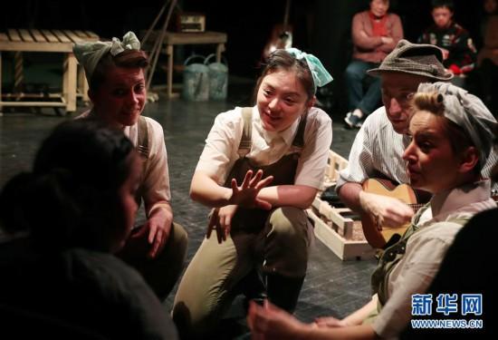 """(文化)(1)上海儿童艺术剧场尝试特殊儿童观众剧""""本土化"""""""