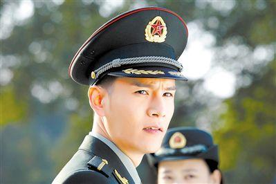 闫妮林永健参演《炊事班的故事》导演新作《青春集结号》