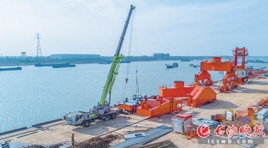 近日,长沙铜官港项目一期工程基本建成,计划下月开港运营。长沙晚报记者邹麟摄