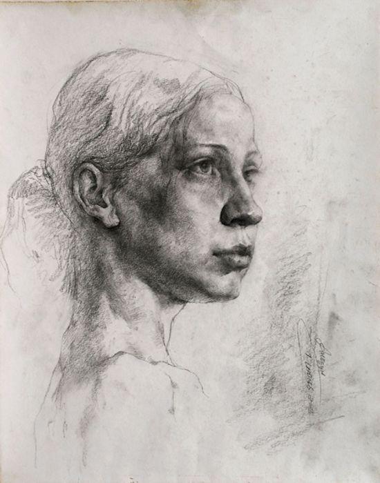 俄罗斯姑娘头像 (素描)  2004 年