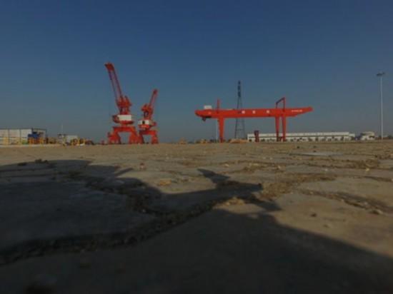 一期工程基本建成即将开港运营的长沙铜官港(4月9日无人机航拍)。