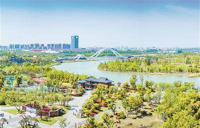 """昔日""""城中村""""变身生态湿地 成扬州新""""绿肺"""""""