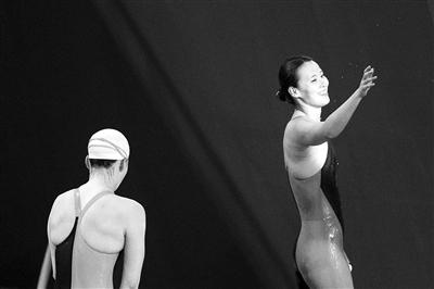 50米仰泳拿到亚运会资格傅园慧将会得到更好保障李佳颖整容