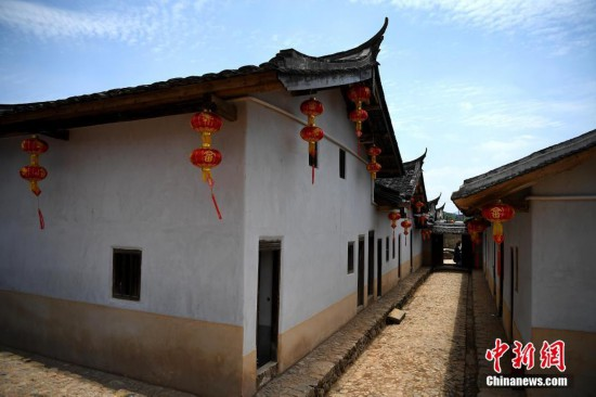 """闽西""""围屋王""""288个房间占地上万平方米 迄今已有200余年历史"""