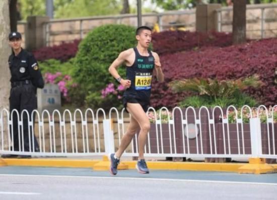 中国马拉松大满贯最新积分榜牟振华逆袭排名大众组首位