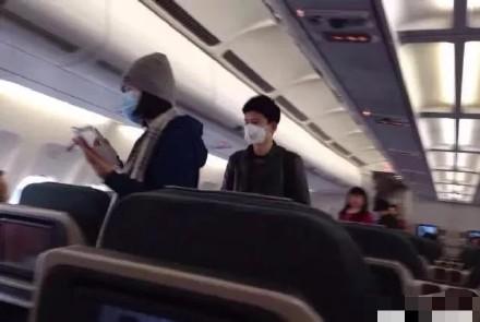 和张杰坐飞机带宝宝回老家?谢娜发文否定