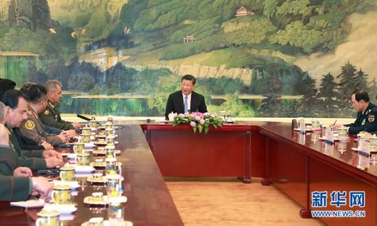习近平集体会见上海合作组织成员国国防部长