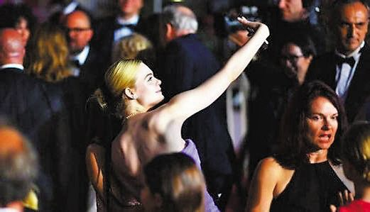 戛纳电影节禁止明星红毯自拍