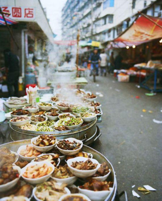 上海小吃巷 图片来源自Pinterest@Chrissy Seibers Hughes