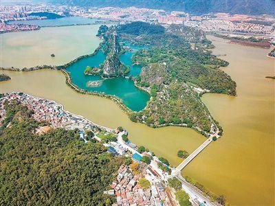 肇庆市民众筹3300万 星湖重现碧如镜
