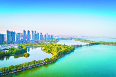 坚定不移沿着绿色发展之路建设长江经济带